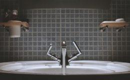 Ako vyčistiť obklad v kúpeľni?