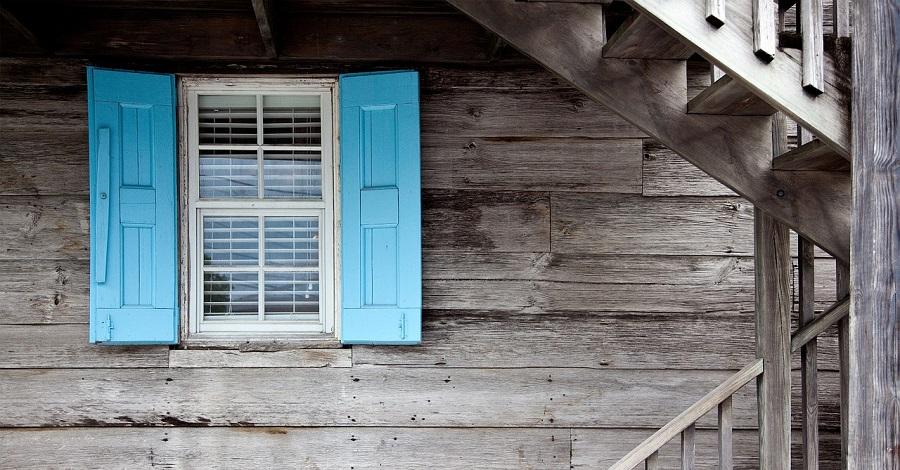 Čo je lepšie - drevené alebo plastové okná?